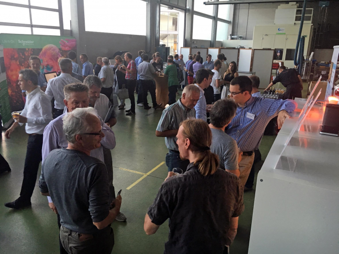 networking at the KNX mini-fair
