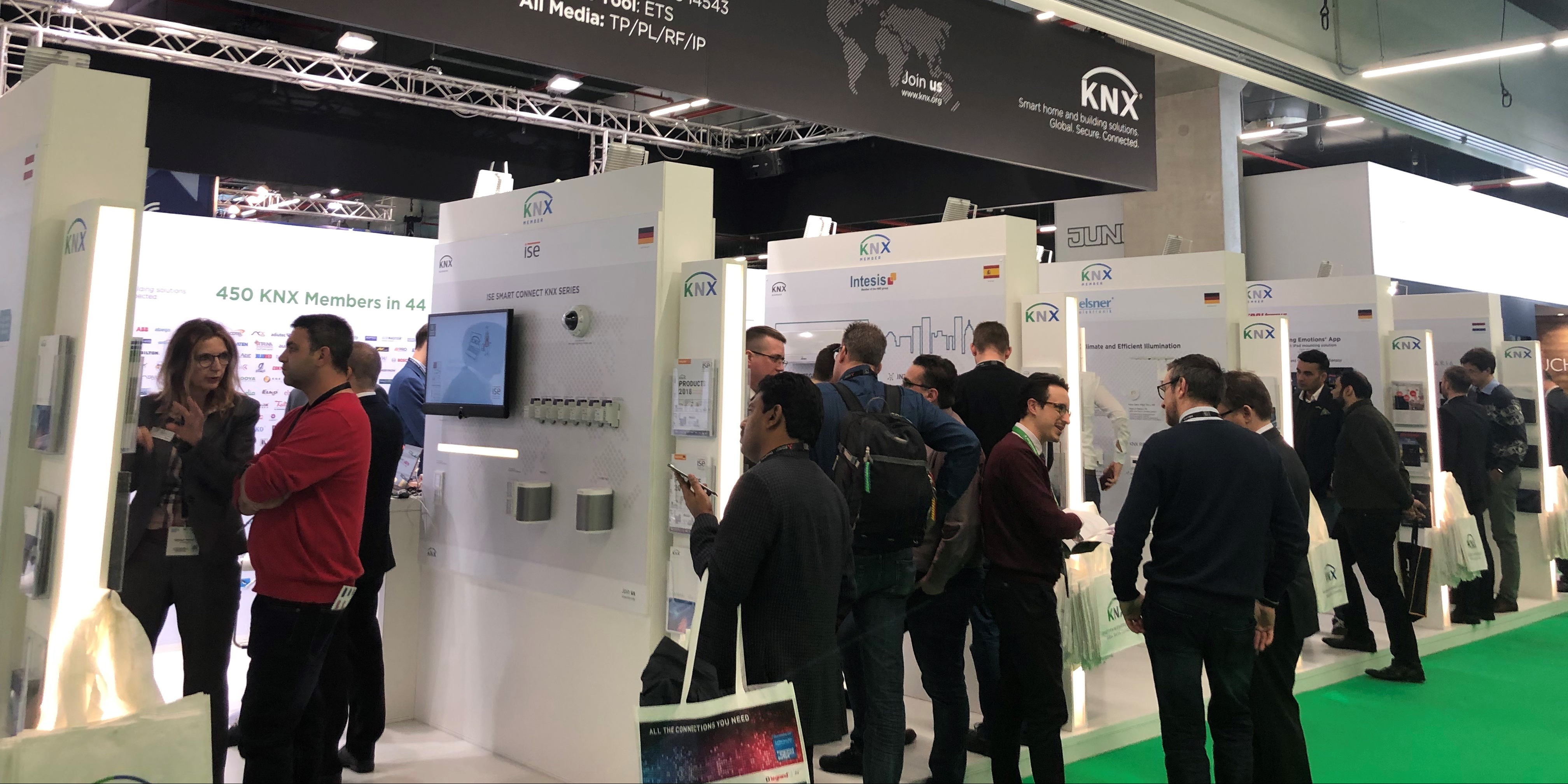 Lo stand di KNX Association all'ISE
