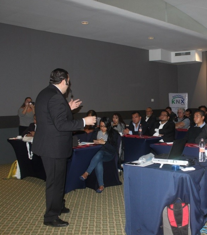 KNX Mexico giving the direction for smart homes and smart buildings
